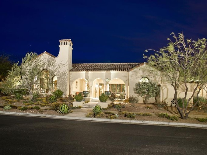Vivienda unifamiliar for sales at Stunning Custom Home in Silverleaf 10202 E Journey Ln #1352 Scottsdale, Arizona 85255 Estados Unidos