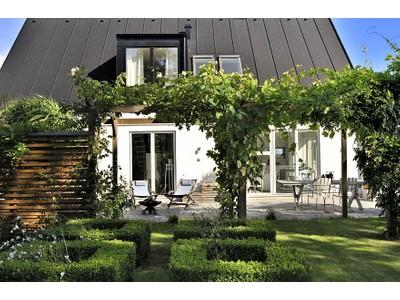 Casa para uma família for sales at Elegantly simple architecture in Brantevik Haslevägen 9 Other Skane, Skane 27238 Suécia