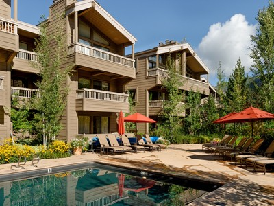Nhà chung cư for sales at Updated Gant Condo in Downtown Aspen 610 West End Street Unit G-102  Aspen, Colorado 81611 Hoa Kỳ