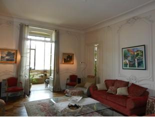 Apartment for sales at QUAIS DE SAONE - APPARTEMENT AVEC GARAGE 3 VOITURES LYON Lyon, Rhone-Alpes 69005 France