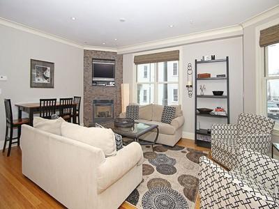 Nhà chung cư for sales at Gorgeous Three Bedroom 758 East Third Street Unit 1 Boston, Massachusetts 02127 Hoa Kỳ