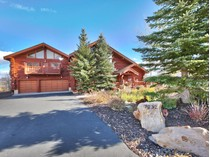 Casa para uma família for sales at Dramatic Log Home with Incredible Mountain Views 7232 Ridge Way   Park City, Utah 84098 Estados Unidos