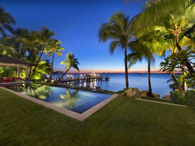 Einfamilienhaus for sales at Harbor Point 9 Harbor Point  Key Biscayne, Florida 33149 Vereinigte Staaten