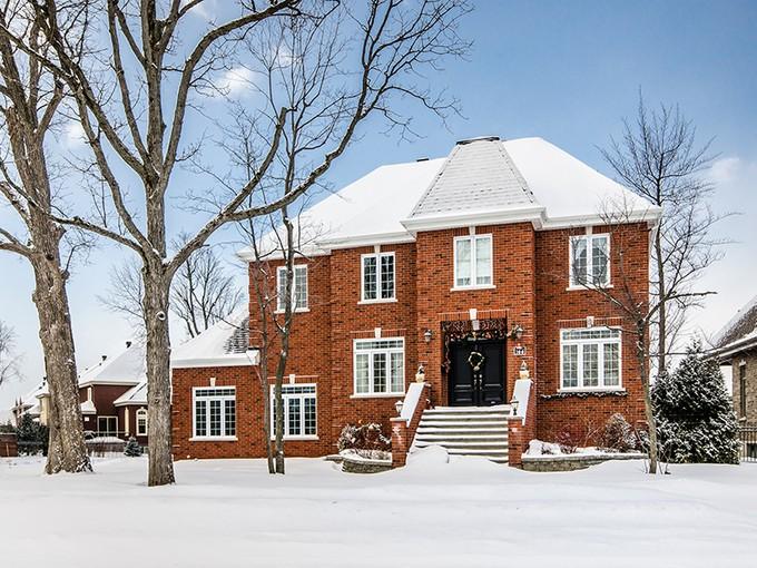 Single Family Home for sales at Candiac 166 Av. de Deauville Candiac, Quebec J5R6X7 Canada