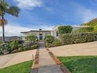 Частный односемейный дом for sales at Laguna Beach 700 Thalia Street Laguna Beach, Калифорния 92651 Соединенные Штаты