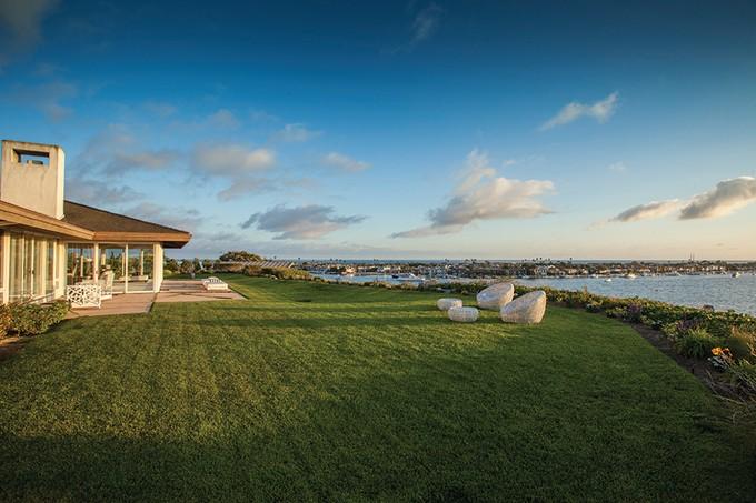 Single Family Home for sales at 415 Avocado Avenue  Newport Beach, California 92625 United States