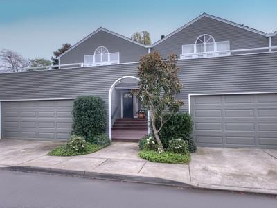 共管物業 for sales at A Rare Opportunity 7 Cove Road Place Belvedere, 加利福尼亞州 94920 美國