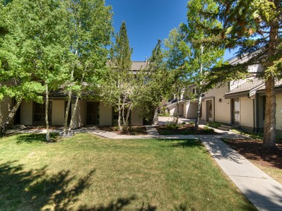 Townhouse for sales at Excellent Deer Valley Location 1416 Deer Valley Dr N #5 Park City, Utah 84060 United States