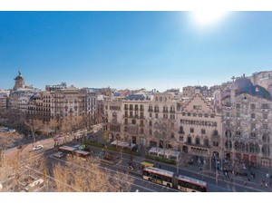 Additional photo for property listing at Penthouse to be refurbished overlooking the Paseo de Gracia and the Casa Batlló Barcelona City, Barcelona Ispanya
