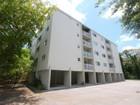 Casa para uma família for sales at 2920 SW 28 Terrace 2920 SW 28 Terrace 402 Miami, Florida 33133 Estados Unidos