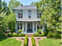 단독 가정 주택 for sales at Healdsburg Treasure 14851 Grove Street   Healdsburg, 캘리포니아 95448 미국