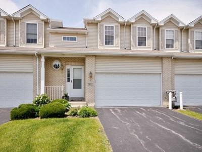 联栋屋 for sales at Great Townhome in Joliet 3853 Trading Post Lane Joliet, 伊利诺斯州 60435 美国