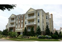 Maison unifamiliale for sales at Exquisite Penthouse! 232-232 Oval Rd   Wall, New Jersey 08736 États-Unis