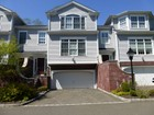 Condominium for  rentals at Wonderful 2,800 Sq. Ft. Southport Townhome 35 Aberdeen Way Fairfield, Connecticut 06890 United States