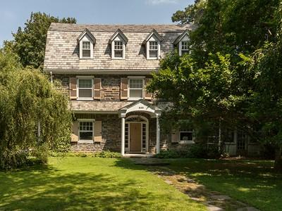 Частный односемейный дом for sales at Main Line Dutch Colonial 353 Aubrey Road  Wynnewood, Пенсильвания 19096 Соединенные Штаты