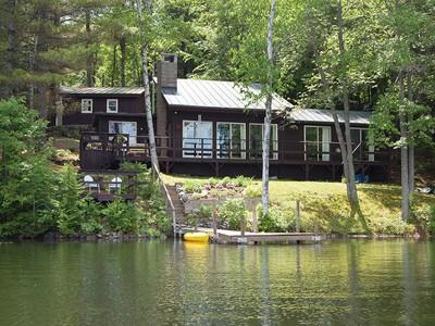 獨棟家庭住宅 for sales at Perkins Pond 60 Mary's Road Sunapee, 新罕布什爾州 03782 美國