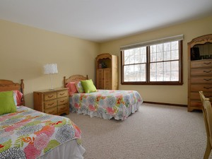 Additional photo for property listing at 6 Oak Tree Lane  Holmdel, New Jersey 07733 United States