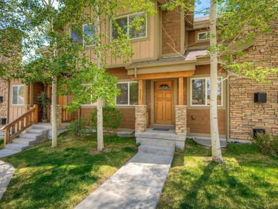 Condominium for sales at Beautiful and well-maintained 3-bedroom Bear Hollow Townhome 5426 Bobsled Blvd # T-3 Park City, Utah 84098 United States