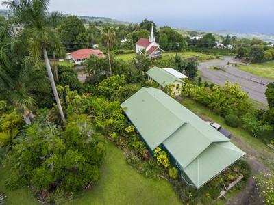 Casa para uma família for sales at Kainaliu Village 79-7344 Hawaii Belt Rd Kealakekua, Havaí 96750 Estados Unidos
