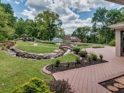 Einfamilienhaus for sales at 3145 Brandau Road  Hermitage, Tennessee 37076 Vereinigte Staaten