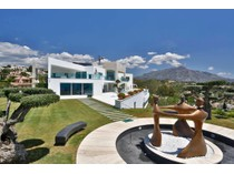 Casa para uma família for sales at A truly spectacular contemporary property with exceptional qualities Benahavis   Marbella, Costa Del Sol 29679 Espanha