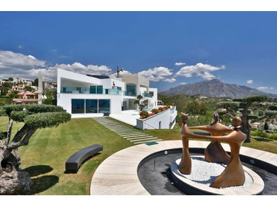 Einfamilienhaus for sales at A truly spectacular contemporary property with exceptional qualities Benahavis   Marbella, Costa Del Sol 29679 Spanien