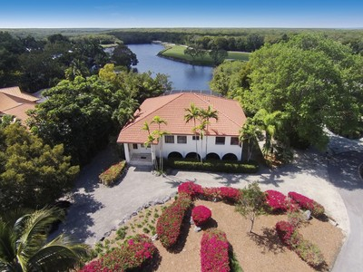 Casa para uma família for sales at Lakefront Living at Ocean Reef 21 Caloosa Road  Key Largo, Florida 33037 Estados Unidos