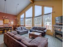 Casa para uma família for sales at 2410 Fairways Drive    Sun Peaks, Columbia Britanica V0E5N0 Canadá