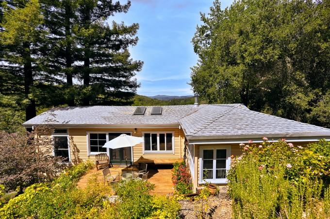 Maison unifamiliale for sales at Above the Russian River 1877 Toyon Drive Healdsburg, Californie 95448 États-Unis