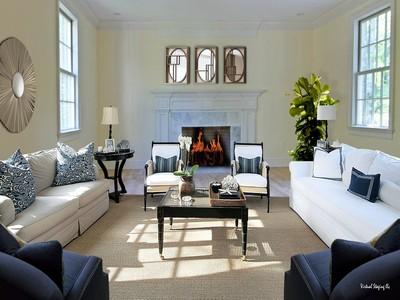 Casa para uma família for sales at A Commanding Presence 153 Cannon Road Wilton, Connecticut 06897 Estados Unidos