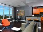 Casa para uma família for  sales at 475 Redwood 603  San Diego, Califórnia 92103 Estados Unidos