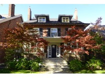 Maison unifamiliale for sales at Rosedale - Moore Park 122 Roxborough Drive   Toronto, Ontario M4W1X4 Canada