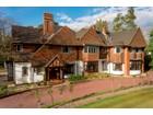 独户住宅 for  sales at Rosewood East Road St George's Hill Weybridge, 英格兰 KT130LD 英国