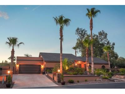 Частный односемейный дом for sales at Nicely Remodeled Open Floor-Plan Home In Pinnacle Peak Shadows 9426 E Calle De Valle Drive Scottsdale, Аризона 85255 Соединенные Штаты