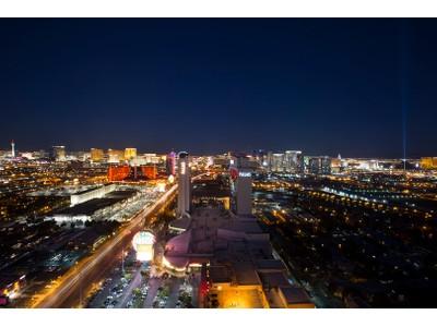 独户住宅 for sales at 4381 W Flamingo Rd Unit 302/304  Las Vegas, 内华达州 89103 美国
