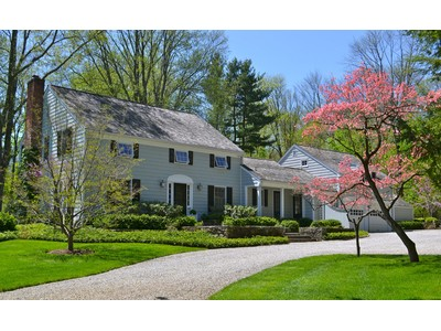 Einfamilienhaus for sales at Classic Bedford Colonial 475 Harris Road  Bedford Hills, New York 10507 Vereinigte Staaten