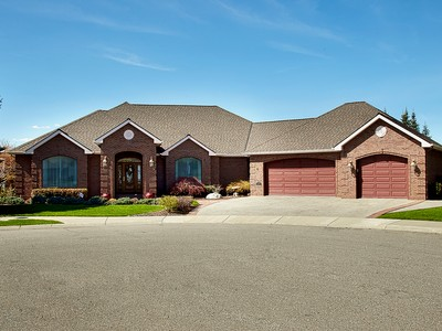 Casa Unifamiliar for sales at One of the Finest Homes in The Highlands 770 N Skye Ct Post Falls, Idaho 83854 Estados Unidos