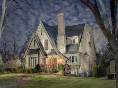 Maison unifamiliale for sales at Single Family 4 N Bruner Street Hinsdale, Illinois 60521 États-Unis