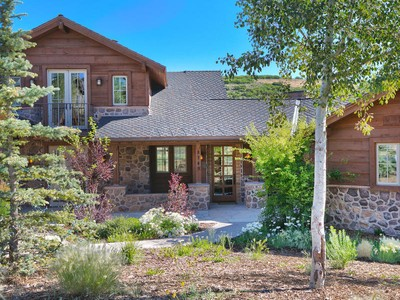 "Maison unifamiliale for sales at Expanded ""Remington"" Golf Club Cabin With Movie Theatre! 8749 Ranch Club Ct Park City, Utah 84098 États-Unis"