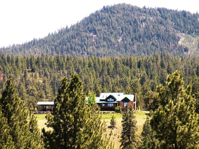 Maison unifamiliale for sales at Special Mountain Retreat - Post, OR 24300 Drake Creek Road Post, Oregon 97752 États-Unis