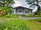 獨棟家庭住宅 for  open-houses at Knollwood Charmer 61 Woodland Drive Old Saybrook, 康涅狄格州 06475 美國