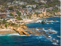 Moradia for sales at 1901 Ocean Way    Laguna Beach, Califórnia 92651 Estados Unidos