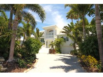 Einfamilienhaus for sales at 1640 Treasure Lane 1640 Treasure Ln   Boca Grande, Florida 33921 Vereinigte Staaten