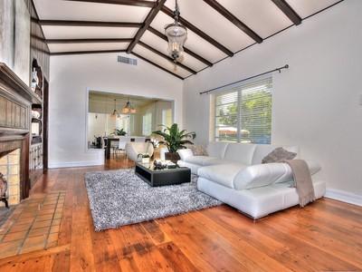 Nhà ở một gia đình for sales at 824 Anastasia Av   Coral Gables, Florida 33134 Hoa Kỳ