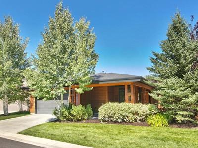Casa para uma família for sales at Fabulous Single Level Home in Blackhawk Station 1122 Station Loop Rd Park City, Utah 84098 Estados Unidos
