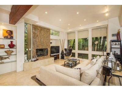 Maison unifamiliale for sales at 3636 Curlew St  San Diego, Californie 92103 États-Unis