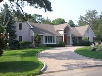 Einfamilienhaus for sales at Beautiful Custom Home 915 Cole Dr   Brielle, New Jersey 08730 Vereinigte Staaten