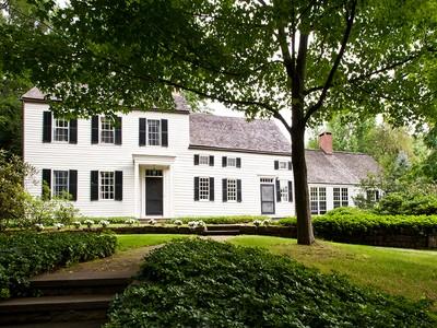 Einfamilienhaus for sales at 2022 Maple Avenue  Charlton, New York 12019 Vereinigte Staaten