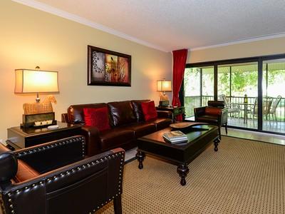 Кооперативная квартира for sales at Golf Course Condominium at Ocean Reef 34 Lakeside Lane, Unit B Key Largo, Florida 33037 United States
