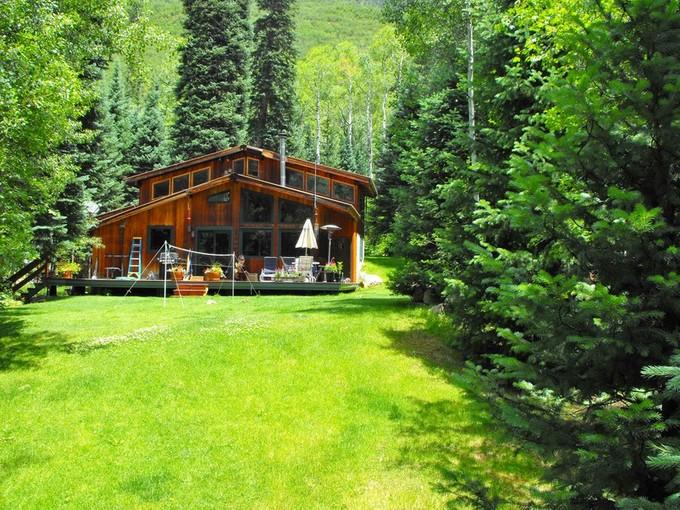 Vivienda unifamiliar for sales at Cabin in East Aspen 44971 East Highway 82 Aspen, Colorado 81611 Estados Unidos